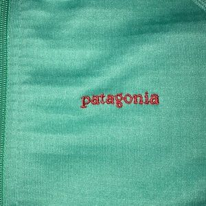 Women's M Patagonia pullover